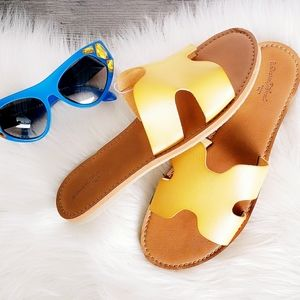 Shoes - ❤ 4 for $25 ❤ #145 Yellow Slides Sandles Shoes 9